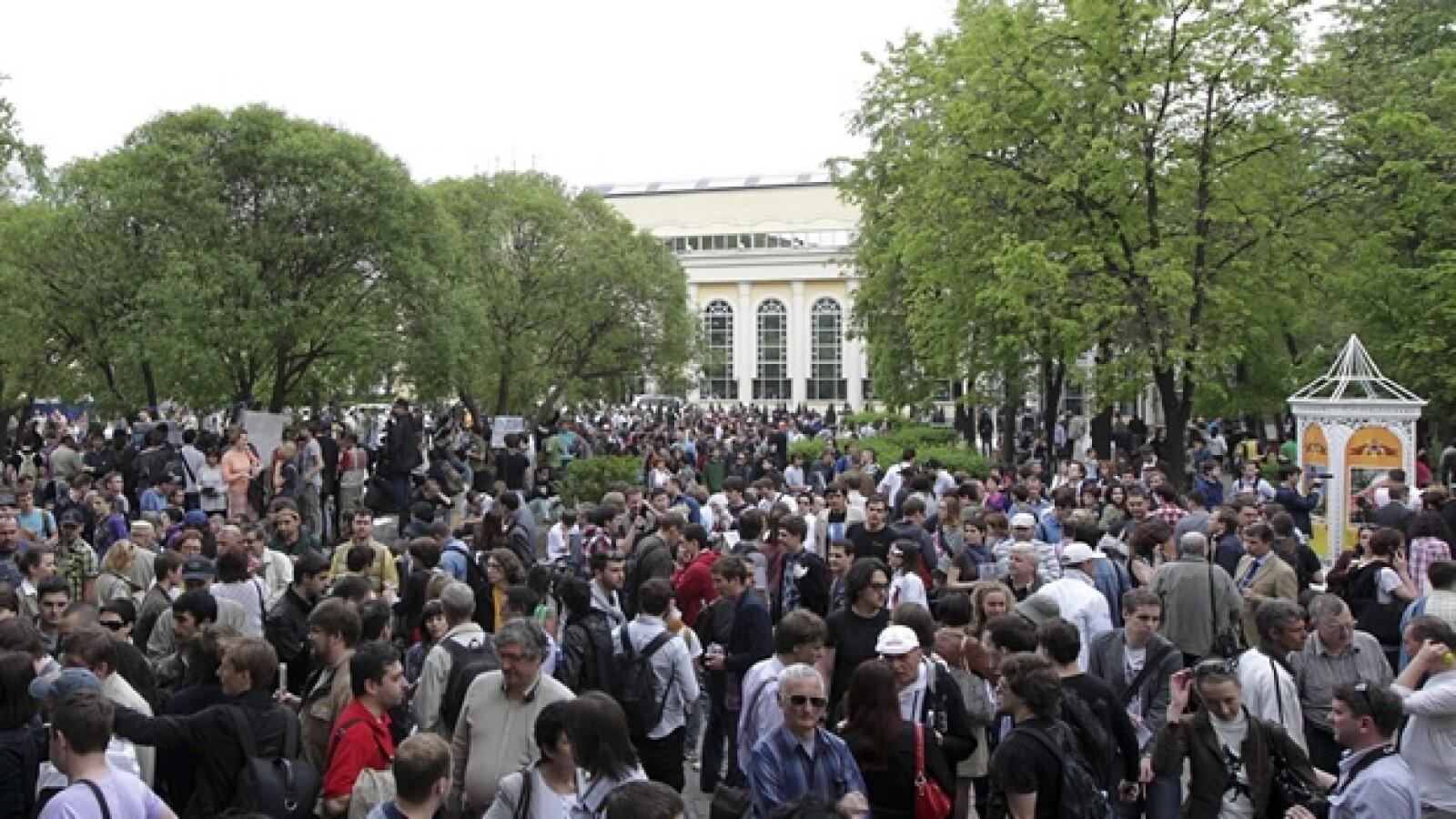 protesta de jovenes contra vladimir putin