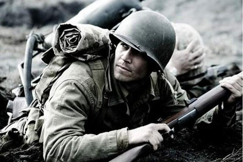 En 2006 apareció al lado de Ryan Phillippe en Flags of our Fathers.