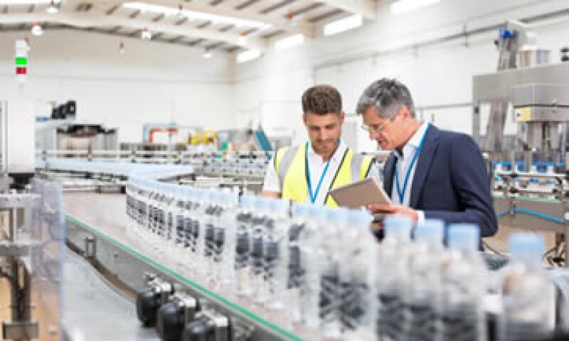 Las industrias manufactureras avanzaron 0.27%. (Foto: iStock by Getty Images. )