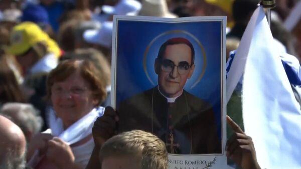 Así fue la canonización de monseñor Óscar Romero, el primer santo salvadoreño