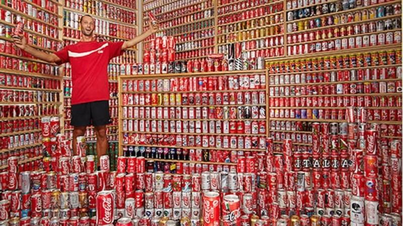 mayor coleccion de latas coca cola
