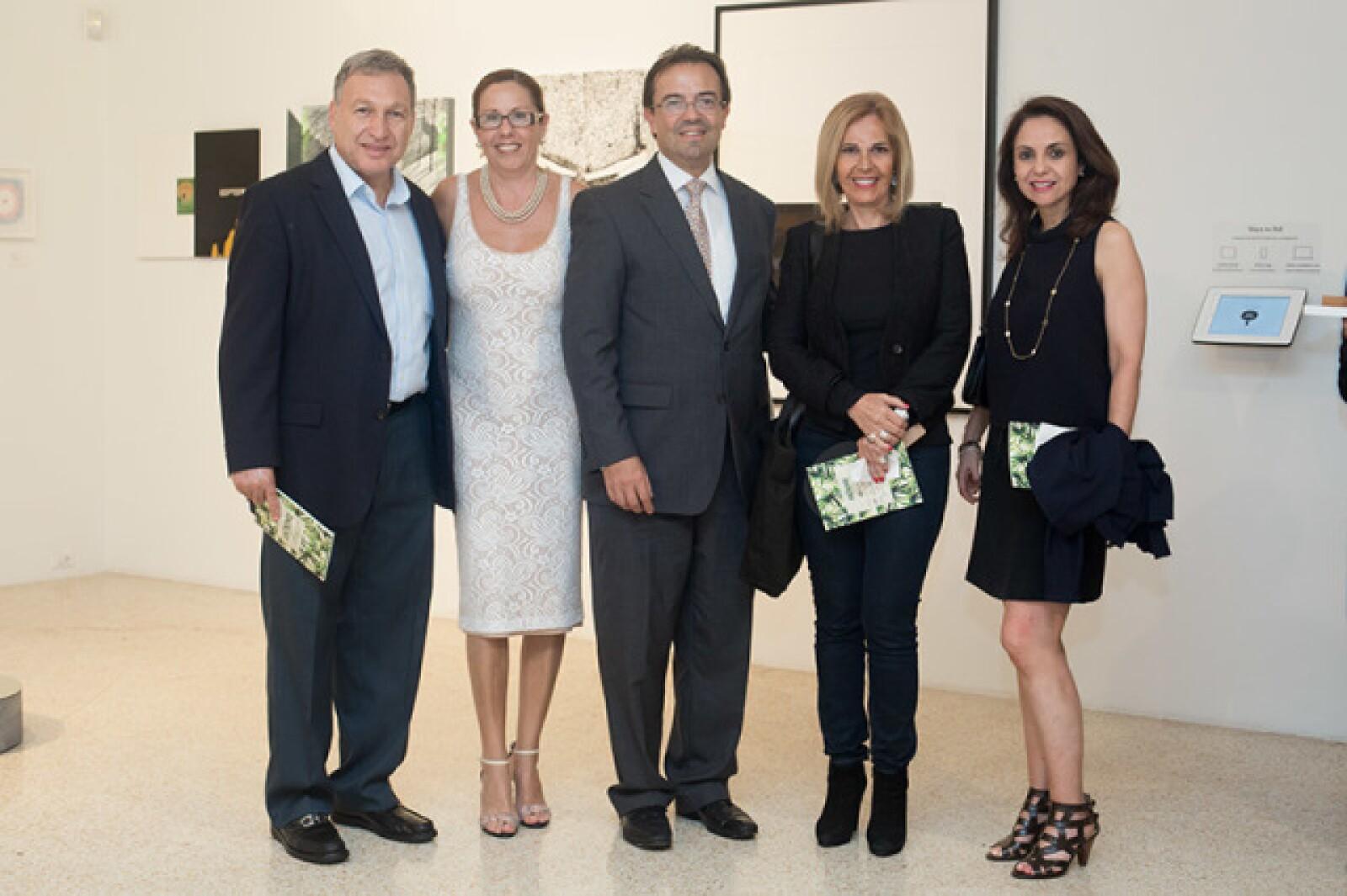 Luis Baraldi,Lucía Villalobos,José Antonio Zabalgoitia,Ercilia Gómez Maqueo y Elsa González