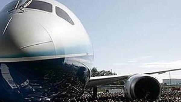 El proyecto 787 Dreamliner de Boeing ha sido aplazado por fallas con los proveedores. (Foto: Reuters)