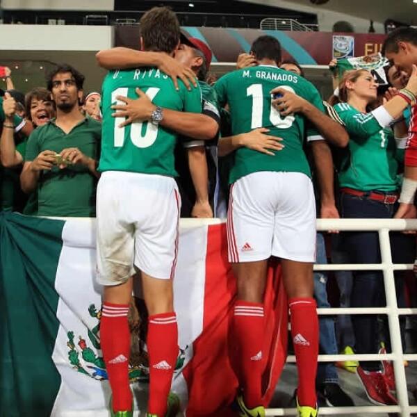 celebración del partido de mexico