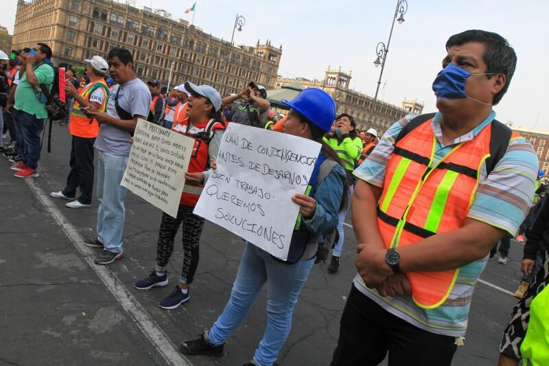 Protestas frente a palacio Nacional