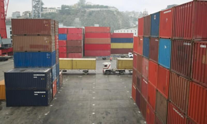 Los precios de las exportaciones de EU también subieron 0.9% en agosto. (Foto: Thinkstock)