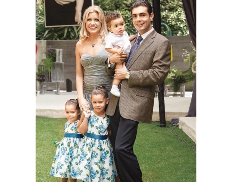 Paulina Díaz Ordaz y Jesús Sesma han formado una familia espectacular junto con sus pequeños: Pau, Pam y Santi.