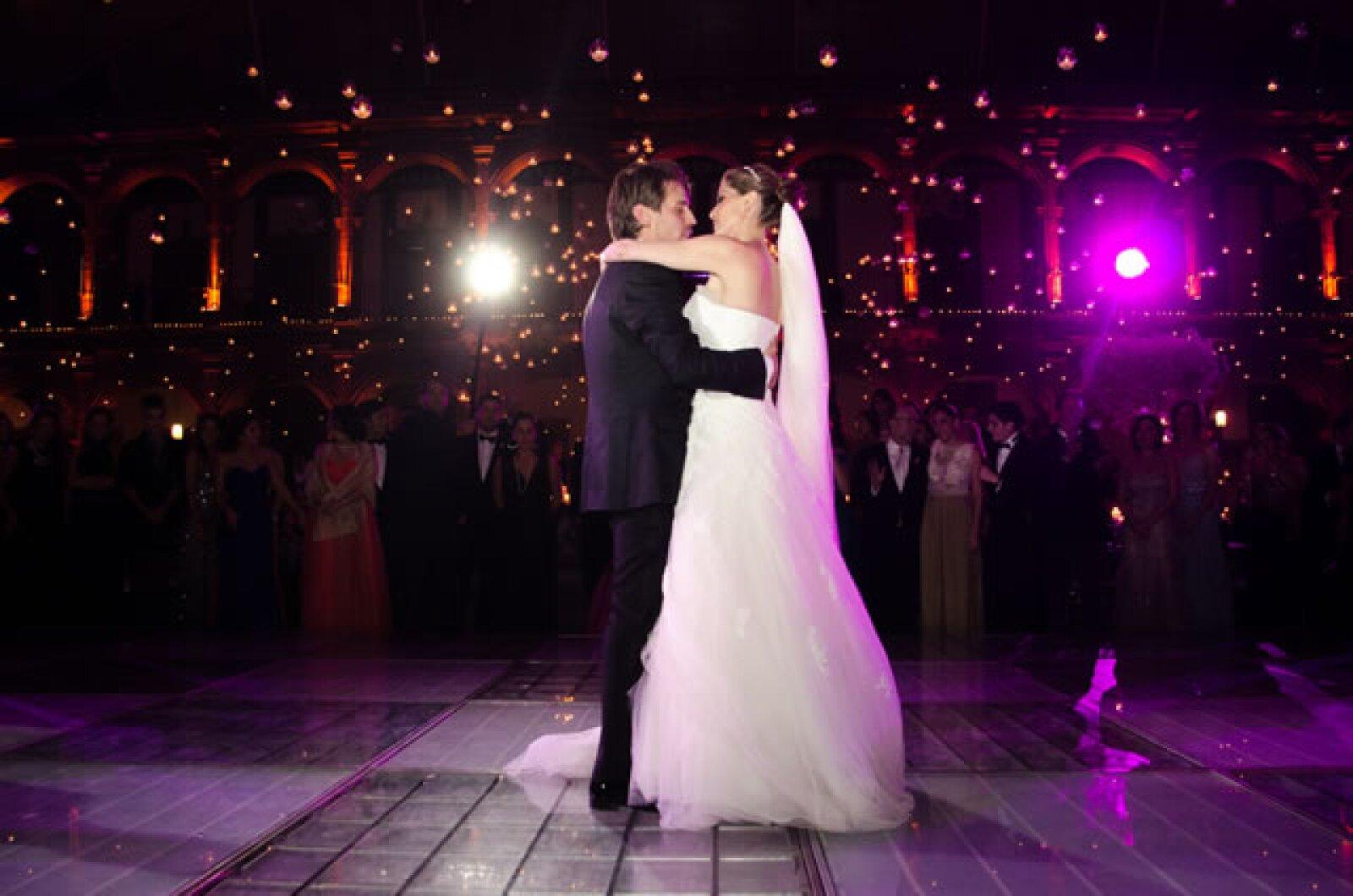 El vestido de la novia fue de Pronovias.
