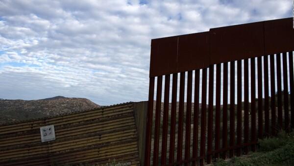 Comienzan las licitaciones para construir el muro entre EE.UU. y México