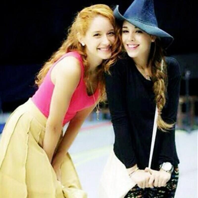 Ceci y Danna Paola hicieron una linda amistad en su temporada de teatro juntas.