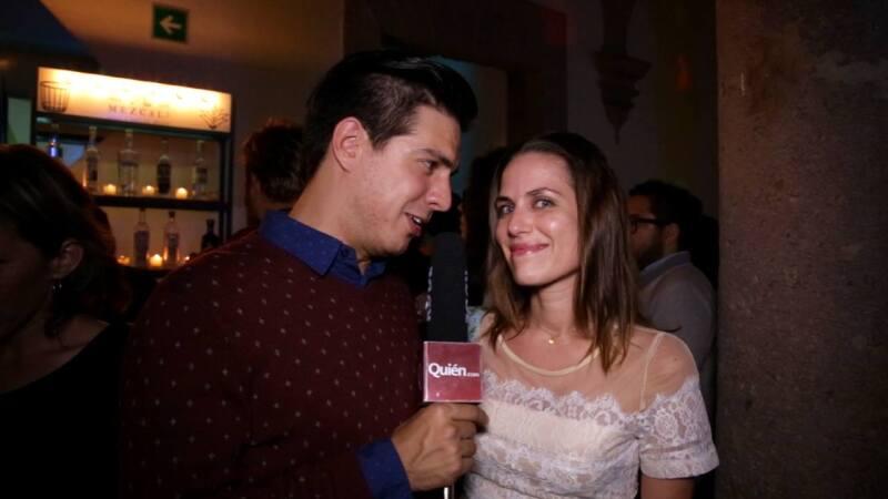 Una de las mejores fiestas a las que asistimos durante el Festival de Cine de Morelia fue la organizada por Ambulante, donde se sirvió una barra libre de 18 distintos tipos de mezcal.