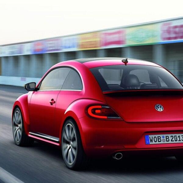 : El vehículo estará disponible para el mercado estadounidense en el último cuarto de 2011 a un precio todavía no revelado.