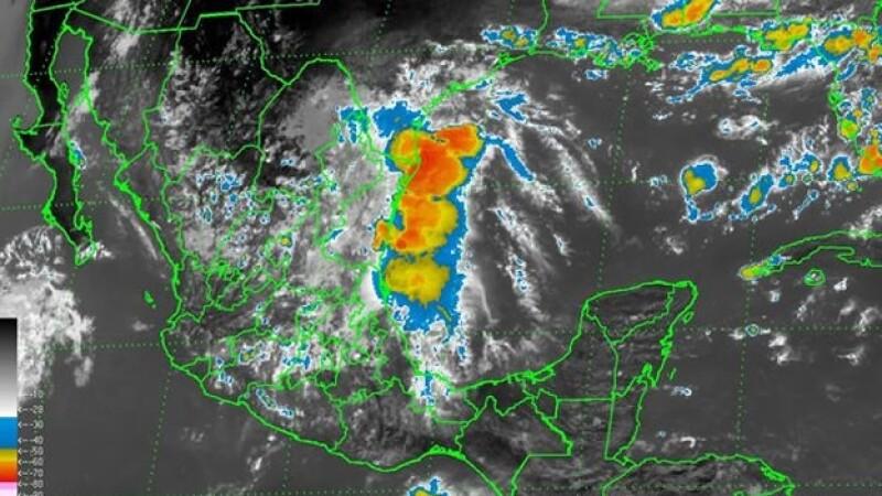 la onda tropical 11 y un canal de baja presión generará lluvias en la mayoría del territorio mexicano