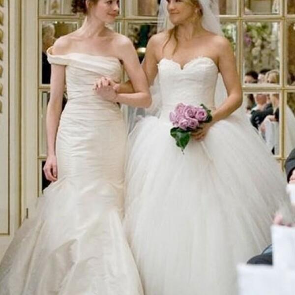 Anne Hathaway y Kate Hudson en `Bride Wars´