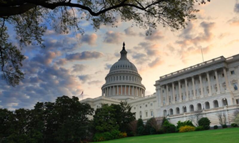 Los legisladores de EU deben aprobar nuevos niveles de endeudamiento para el Gobierno a más tardar en noviembre.  (Foto: Reuters)