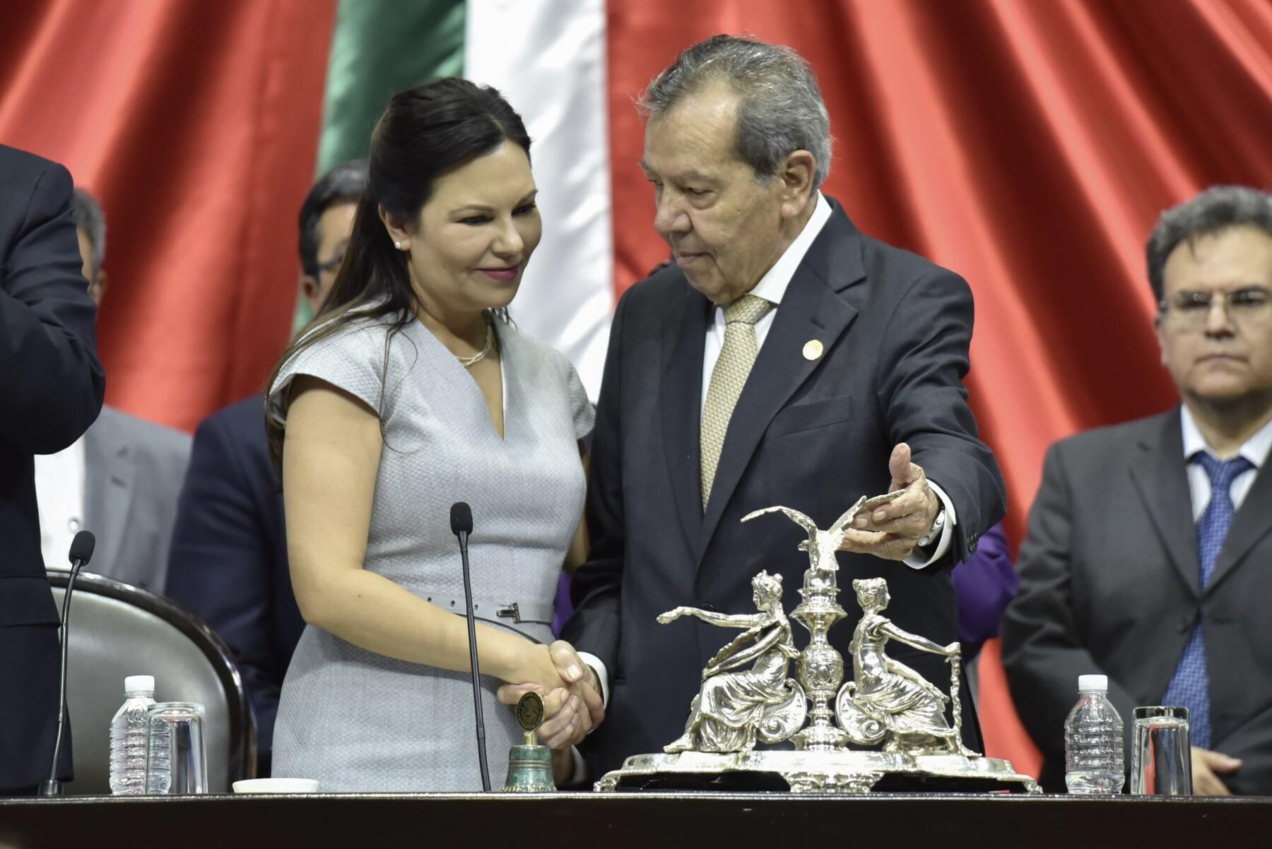Laura Rojas Porfirio Muñoz