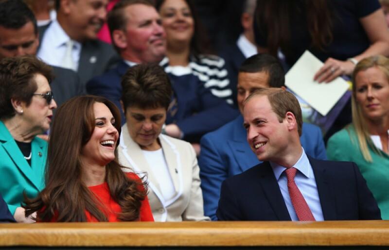 Los duques de Cambrige fueron captados muy sonrientes en Wimbledon, a donde asistieron para ver competir a Andy Murray.