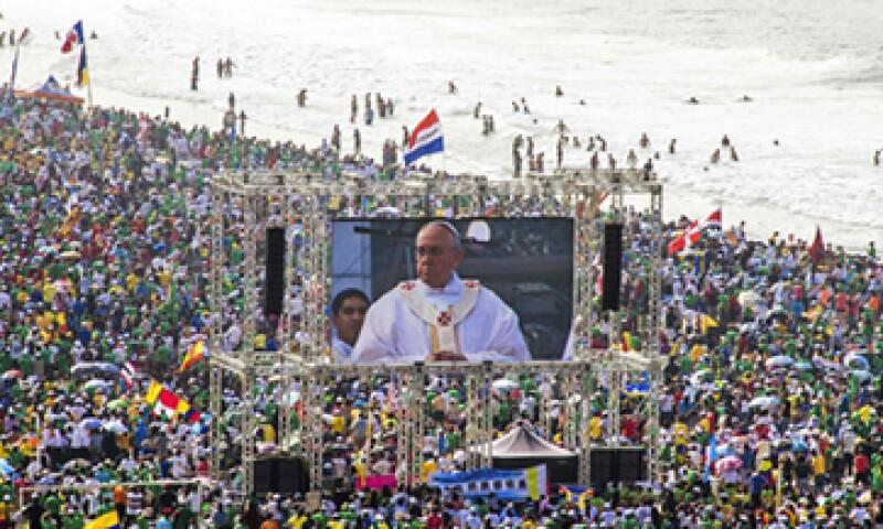 Los organizadores compararon el video de la misa con cifras de otros actos masivos. (Foto: Reuters)