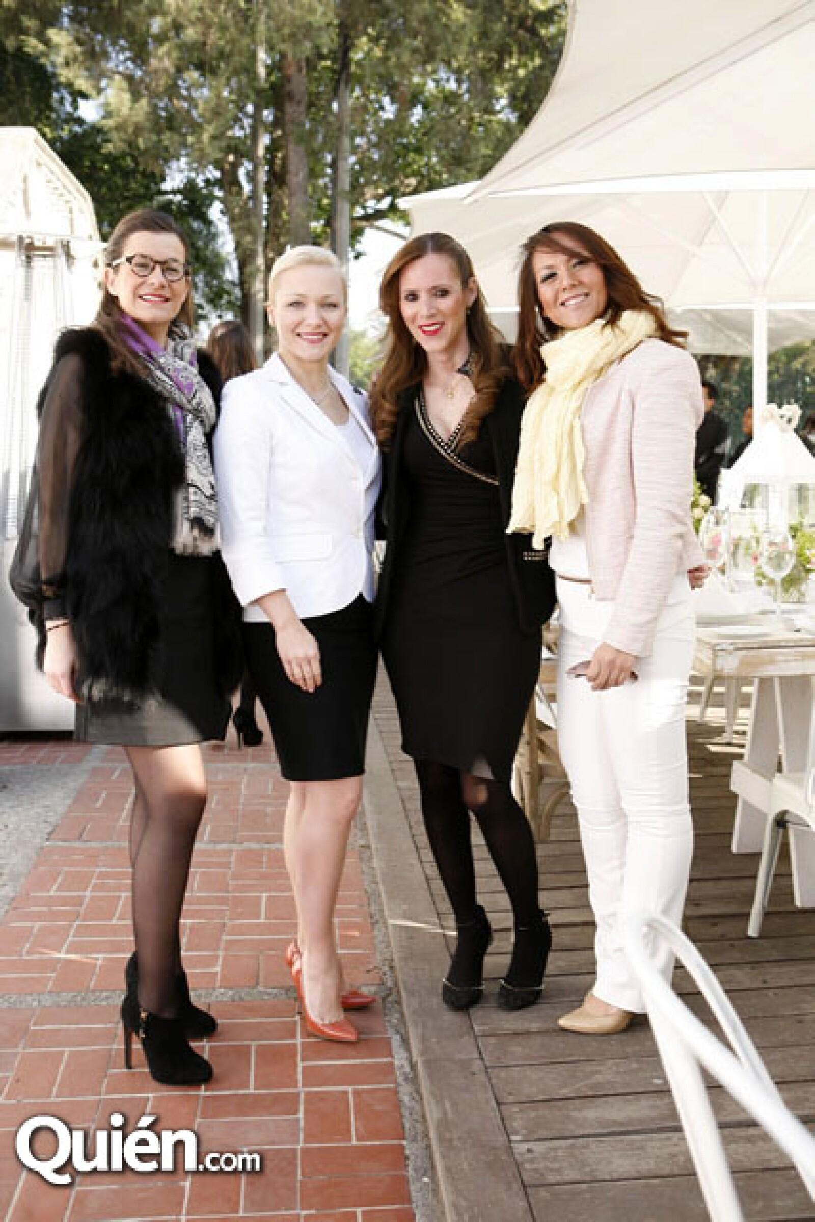 Sabine Serres,Karolina Abdel,Lizeth Goytortua,Montserrat Pérez