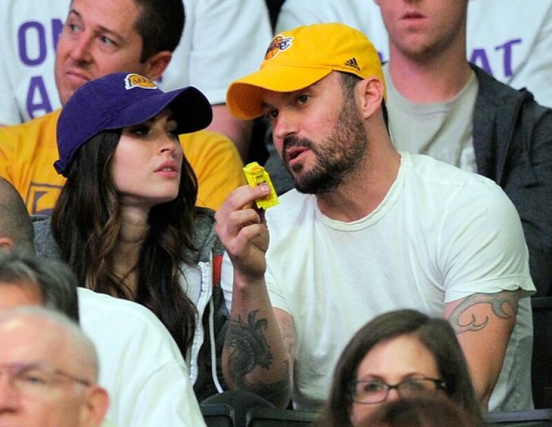 La actriz asistió al partido de los Lakers en el Staples Center en Los Ángeles. Aunque se esperaba que dejara al descubierto los primeros indicios de su pancita, Fox portó un outfit bastante holgado.