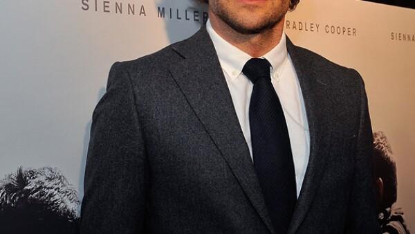 ¿Bradley Cooper en Netflix? Así es, el nominado al Oscar filmó para Netflix una serie de ocho capítulos precuela a la película que estelarizó en 2001, Wet Hot American Summer.