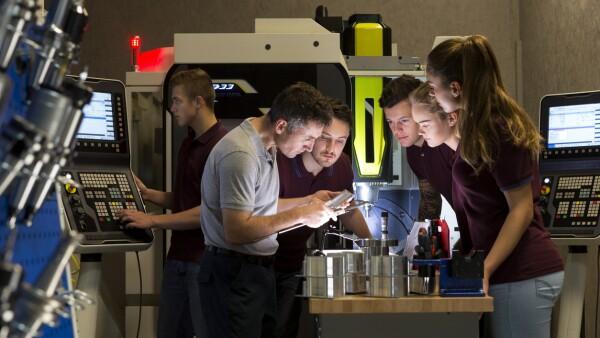 Educación y manufactura