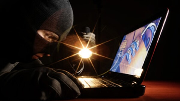 Los fraudes evolucionan junto con la tecnología, pues cada vez hay más información en la red. (Foto: Getty Images)