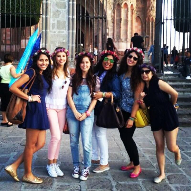 Paulina, Natasha y amigas en San Miguel de Allende.