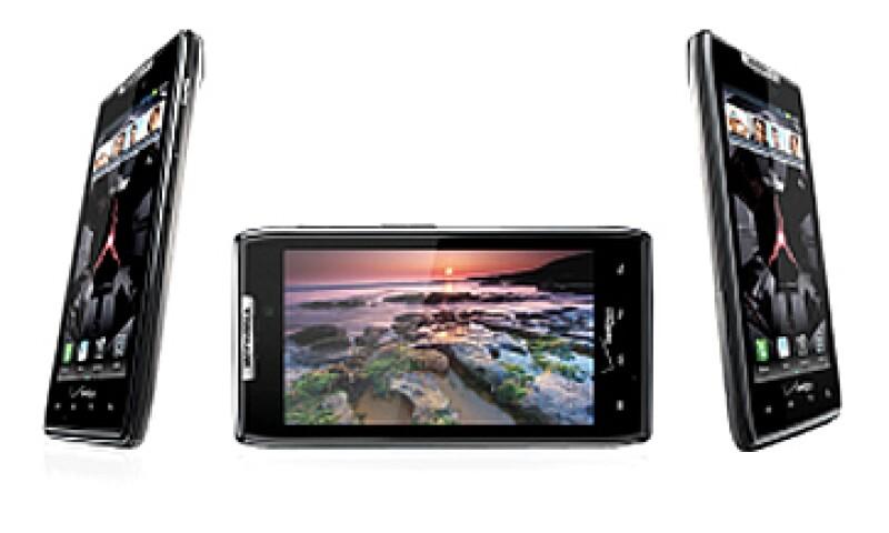 Droid Razr es el primer 'smartphone' capaz de reproducir videos de alta definición de Netflix. (Foto: Cortesía Fortune)