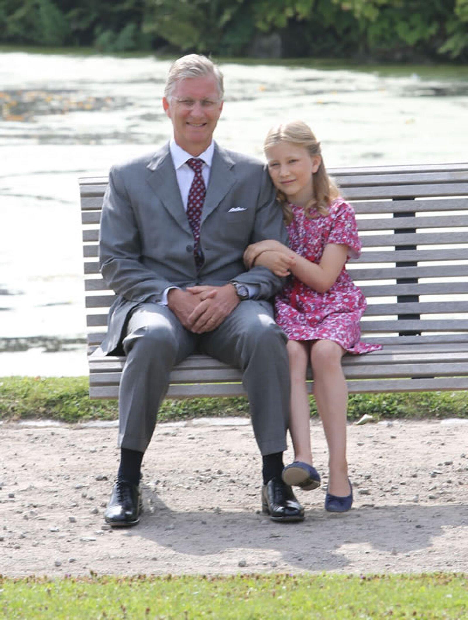 La futura Reina de Bélgica tiene definitivamente el colorido y facciones de su padre