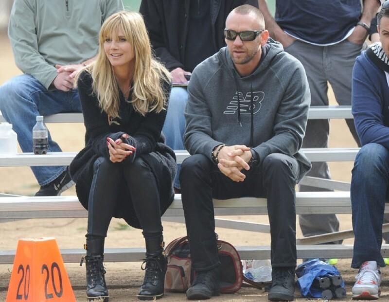 Luego de un año y medios de noviazgo con Martin Kristen, la modelo Heidi Klum volvió a la soltería según revela este lunes la versión en línea de People.