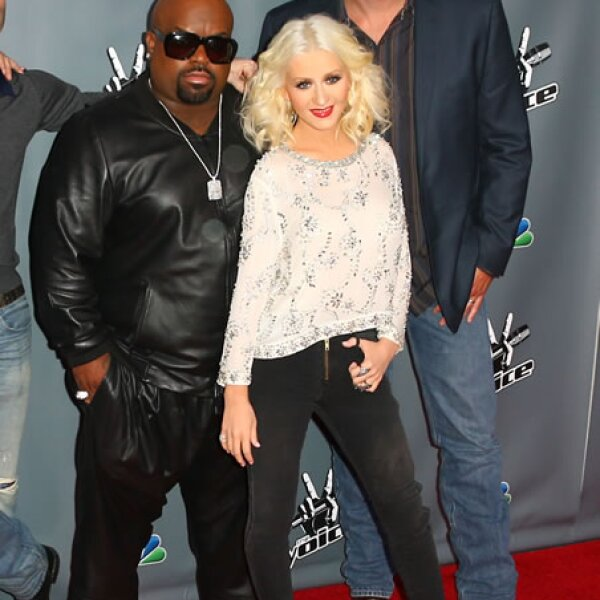 Christina Aguilera lleva compactas su personalidad y belleza. Mide 1.57 metros de altura.