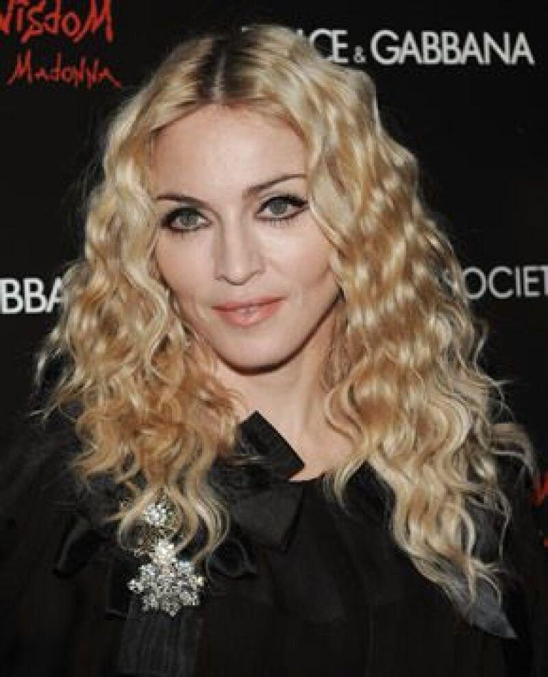 La Reina del Pop habló por primera vez en semanas con su aún esposo pues espera poder solucionar el divorcio fuera de la corte.