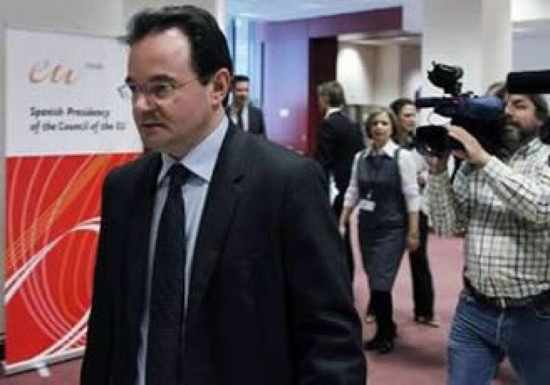 El ministro de Finanzas griego, George Papaconstantinou, dijo que con la venta recaudarán más de los 1,000 mde anuales exigidos por la UE. (Foto: Reuters)