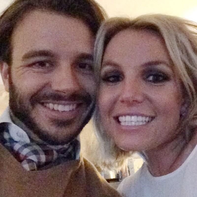 Tras romper un compromiso y terminar una relación por infidelidad, Britney prueba suerte en el amor una vez más.