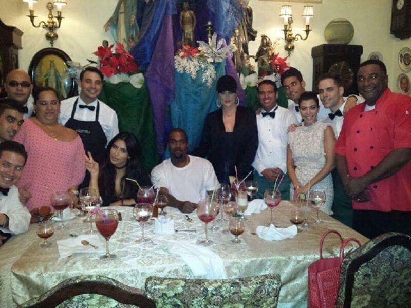 Además de visitar museos, la familia comió en el mismo restaruante en el que comió Obama hace unos meses.