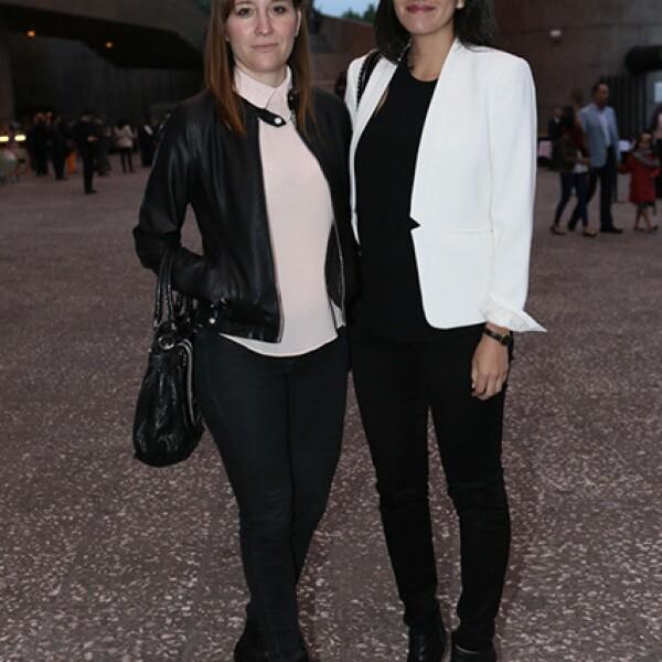 Teresa González y Maricarmen Riojas