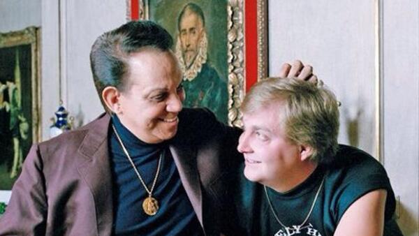 Padre e hijo, ante el ojo de Héctor Herrera.