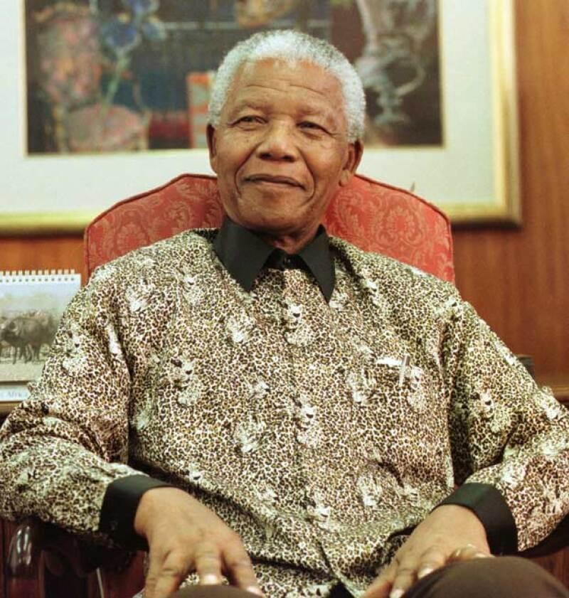 El nieto del fallecido Nelson Mandela ha sido acusado de violación a una menor de edad.