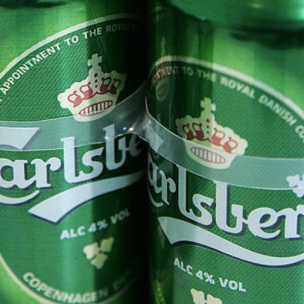J.C. Jacobsen fundo esta compañía en 1847 para festejar el nacimiento de su hijo, Carl. En 2001 se unió con Orkla SA, para convertirse en uno de los más grande grupos cerveceros en el mundo.