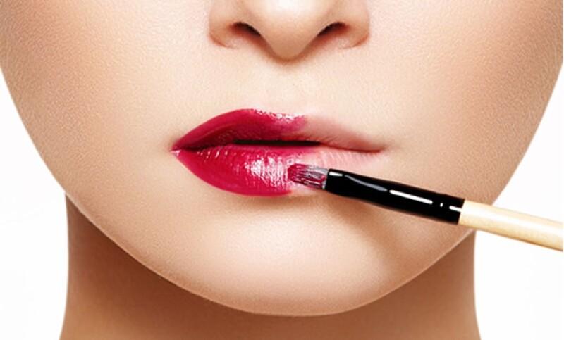 Al aplicar color con un pincel, el color será más uniforme.