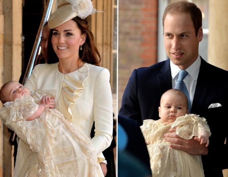 Kate eligió el color crema y Guillermo optó por el elegante azul marino.