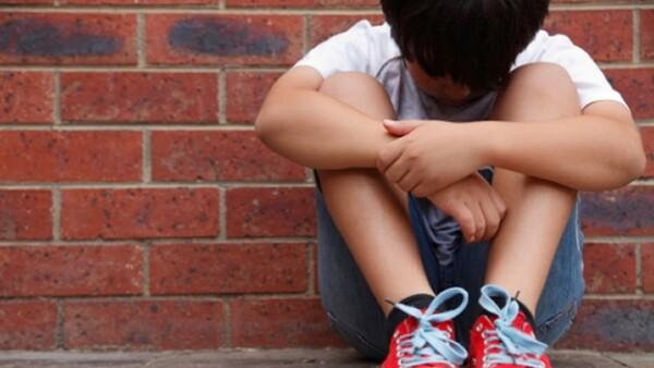 Violencia intrafamiliar, bullying, niño, menor, dolor, golpes, tristeza