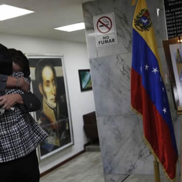 Chavez-Venezuela-Embajada en México