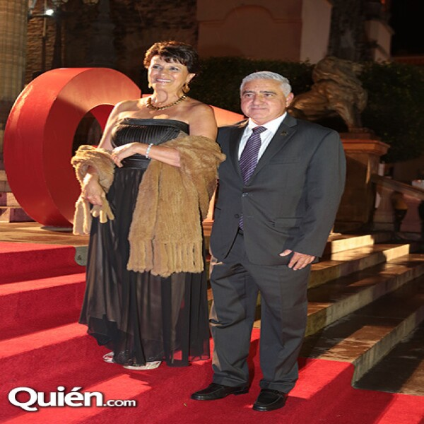 Bertha Reyes Retana y Luis Gutiérrez, alcalde de Guanajuato