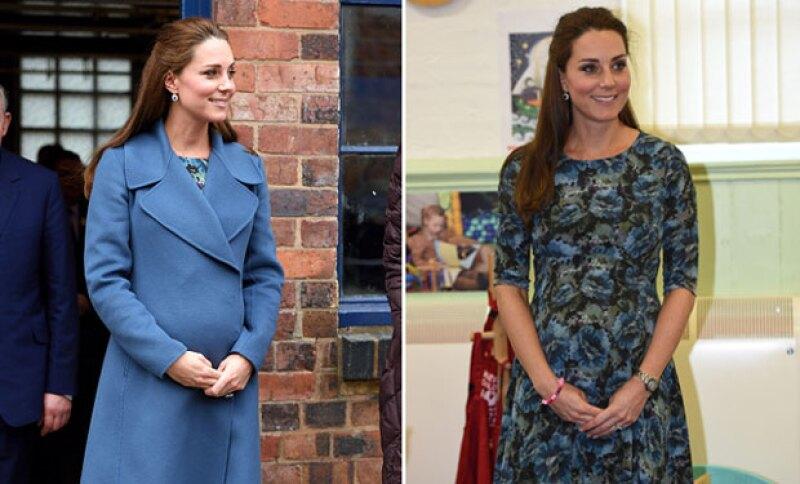 Tras usar el mismo vestido hace unas semanas, Kate decidió usar otro abrigo para acompañarlo, sin dejar de usar sus Jimmy Choo.