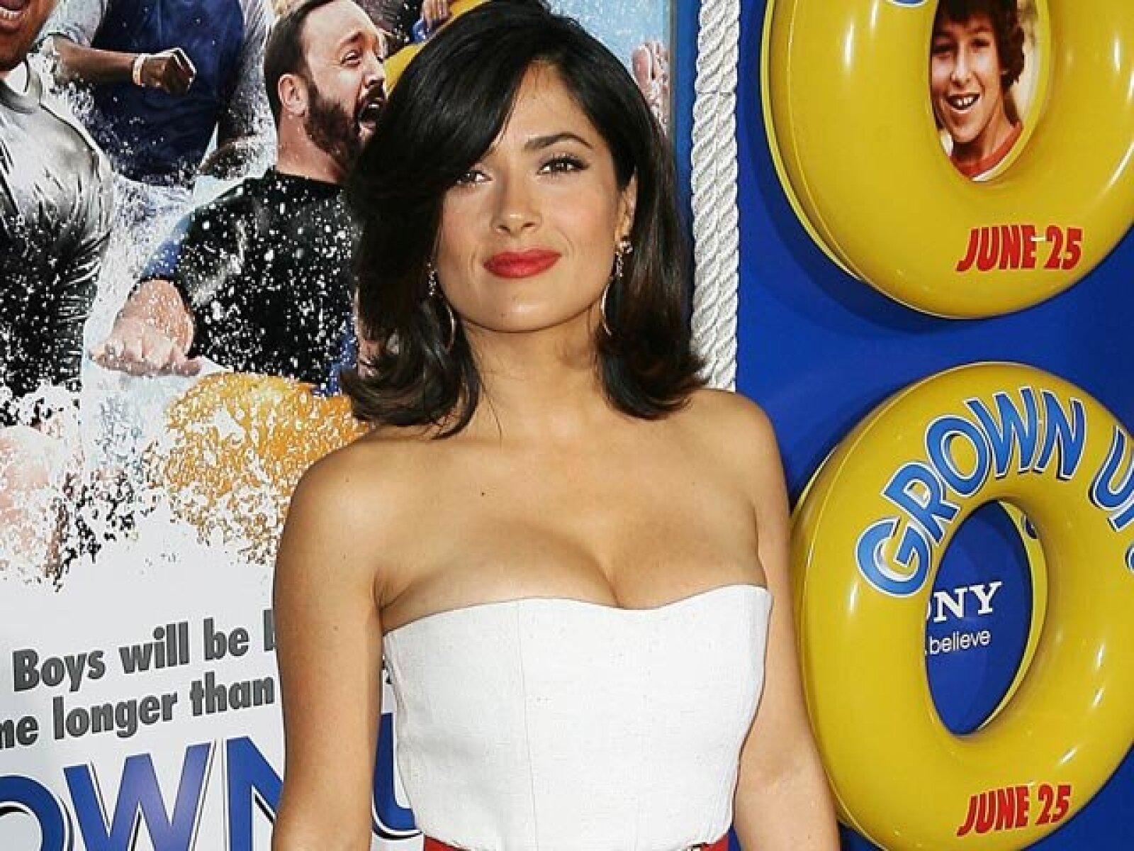 Salma Hayek. La actriz veracruzana estudió Relaciones Internacionales en la Universidad Iberoamericana.
