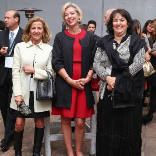 Mercedes Sáenz, Mercedes Aranzabal y Gabriela Yarza.
