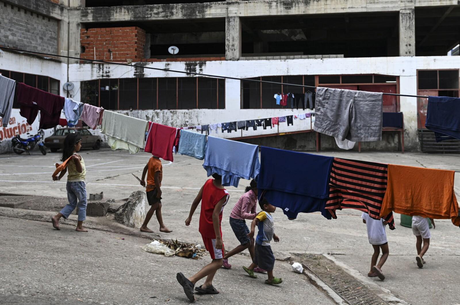 Edificios invadidos en Venezuela-3