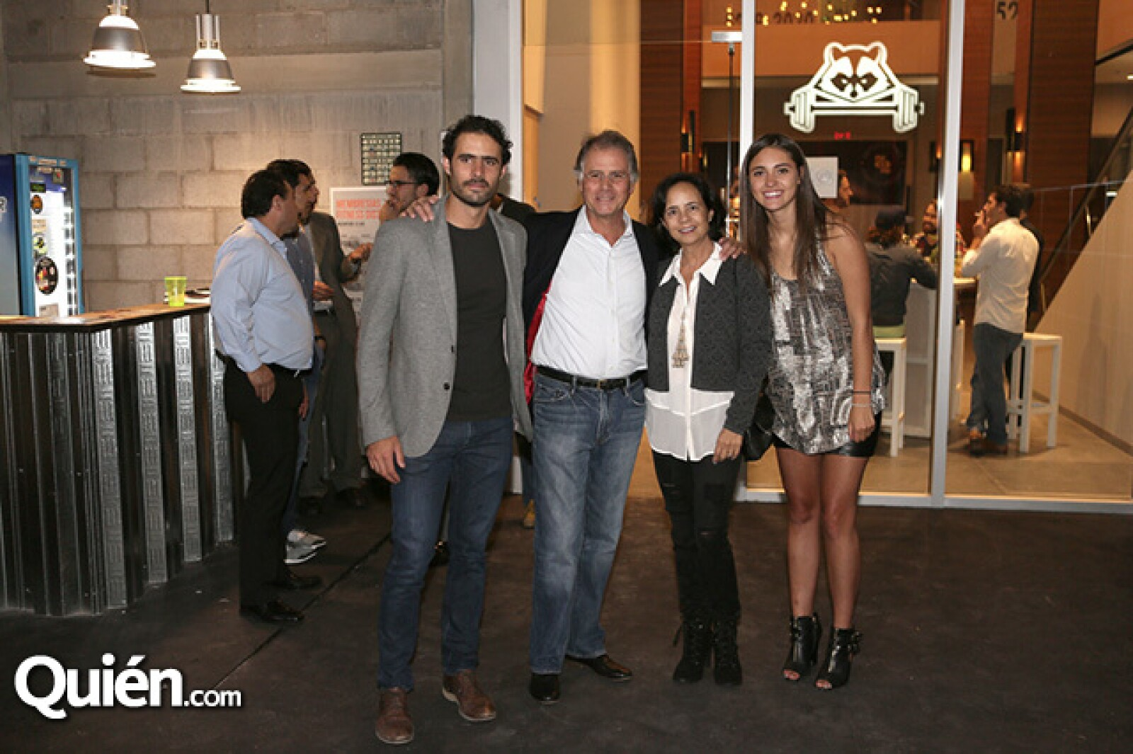 Andrés Morales, Agustín Morales, Mayte Guzmán y Franchesca Ingenito